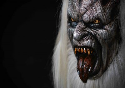 Maschera krampus linguaccia